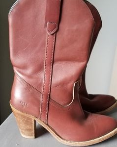 Vintage Frye boots style 7893